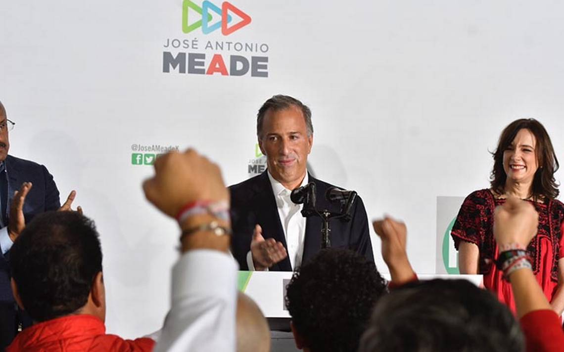 Meade reconoce que las tendencias no le favorecen y celebra a AMLO