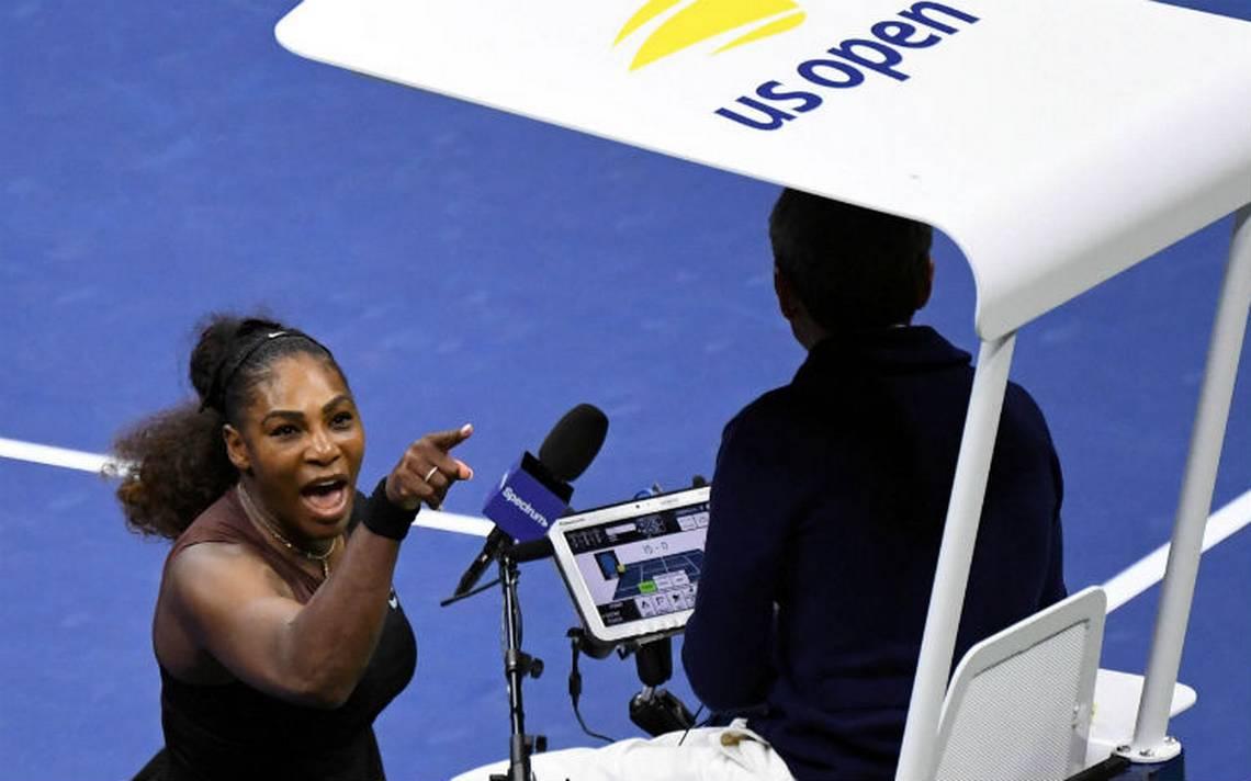 Serena Williams sufre ataque de furia: lloró, insultó al árbitro y rompió su raqueta