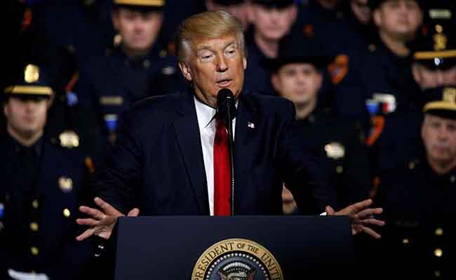 Policía de Nueva York se distancia de llamado de Trump sobre pandillas