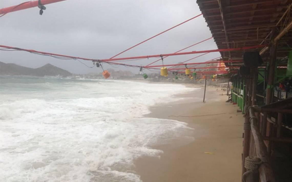 Baja California Sur en alerta roja por llegada de tormenta Lidia