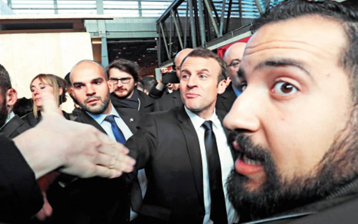 Aún siendo constitucionalmente imposible, exigen interrogar a Macron por escándalo