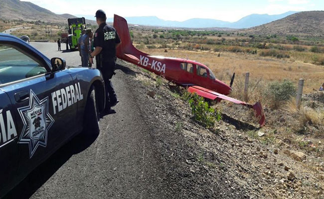 Aterriza de emergencia una avioneta en Oaxaca; no hay heridos