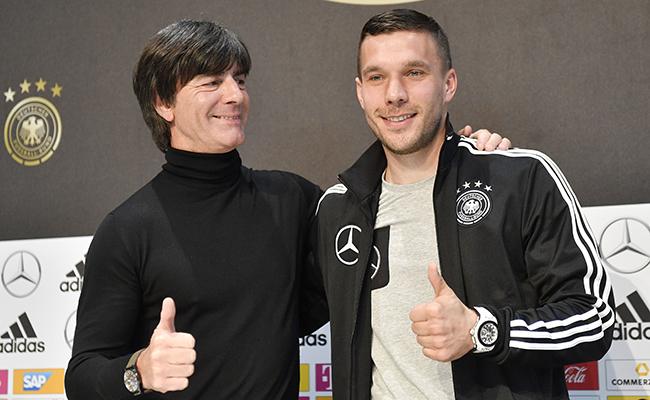 Homenaje a Lukas Podolski en partido amistoso