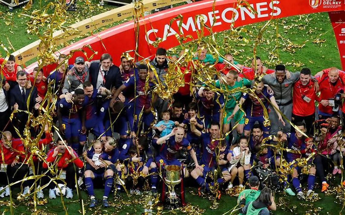 Barcelona alza la Copa del Rey y liga póker por primera vez en su historia