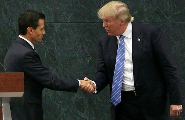 Peña Nieto lamenta y reprueba decisión de EU para construir muro.