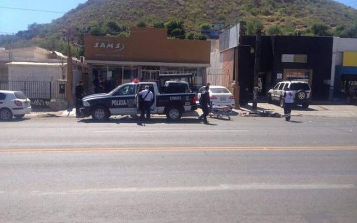 [Video] Balaceras en Guaymas dejan al menos cuatro policA�as muertos