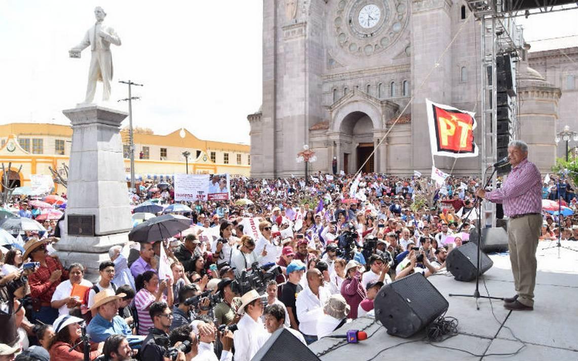 """AMLO promete transición sutil, sin """"maltratar"""" a la mafia del poder"""