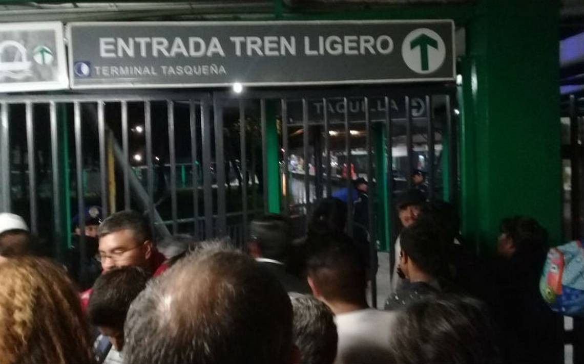 Por al menos una hora, suspenden servicio del Tren Ligero por falla