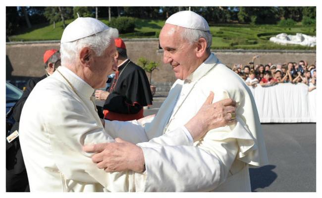 Francisco visita a Benedicto XVI  para saludarlo por la Navidad