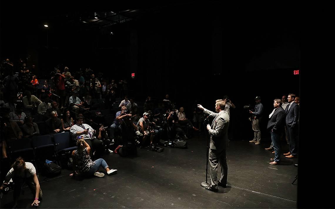 Fracasa discurso de líder supremacista, en la Universidad de Florida