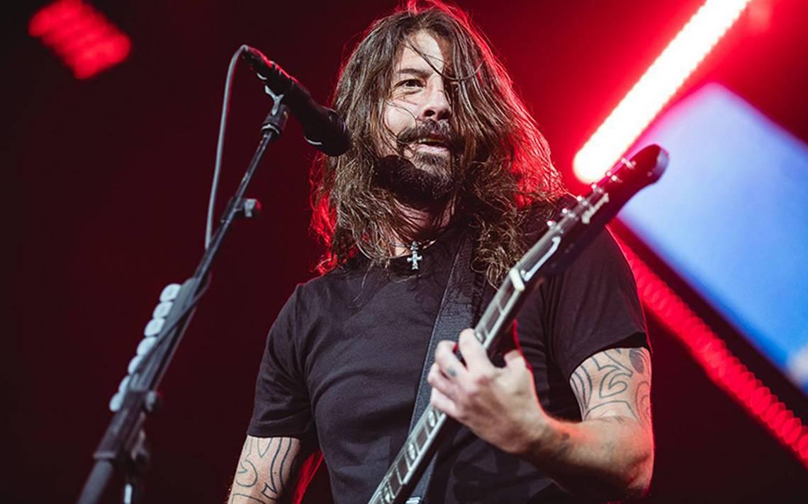 Primero Bono y ahora… el vocalista de Foo Fighters ¡también pierde la voz!