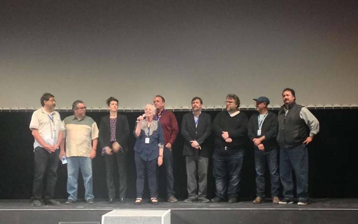 """Presentan en el FICG el documental """"Ayotzinapa, el paso de la tortuga"""""""