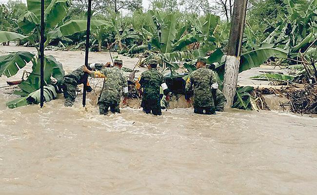 Afectadas 600 familias por lluvias en Tabasco