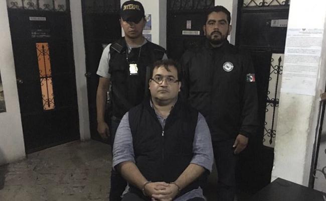 Veracruz festeja la detención de Javier Duarte