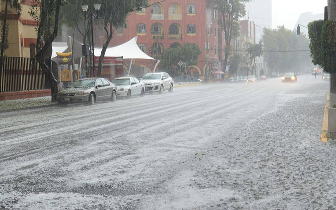 [Videos] Granizada e intensa lluvia sorprenden a la Ciudad de MA�xico