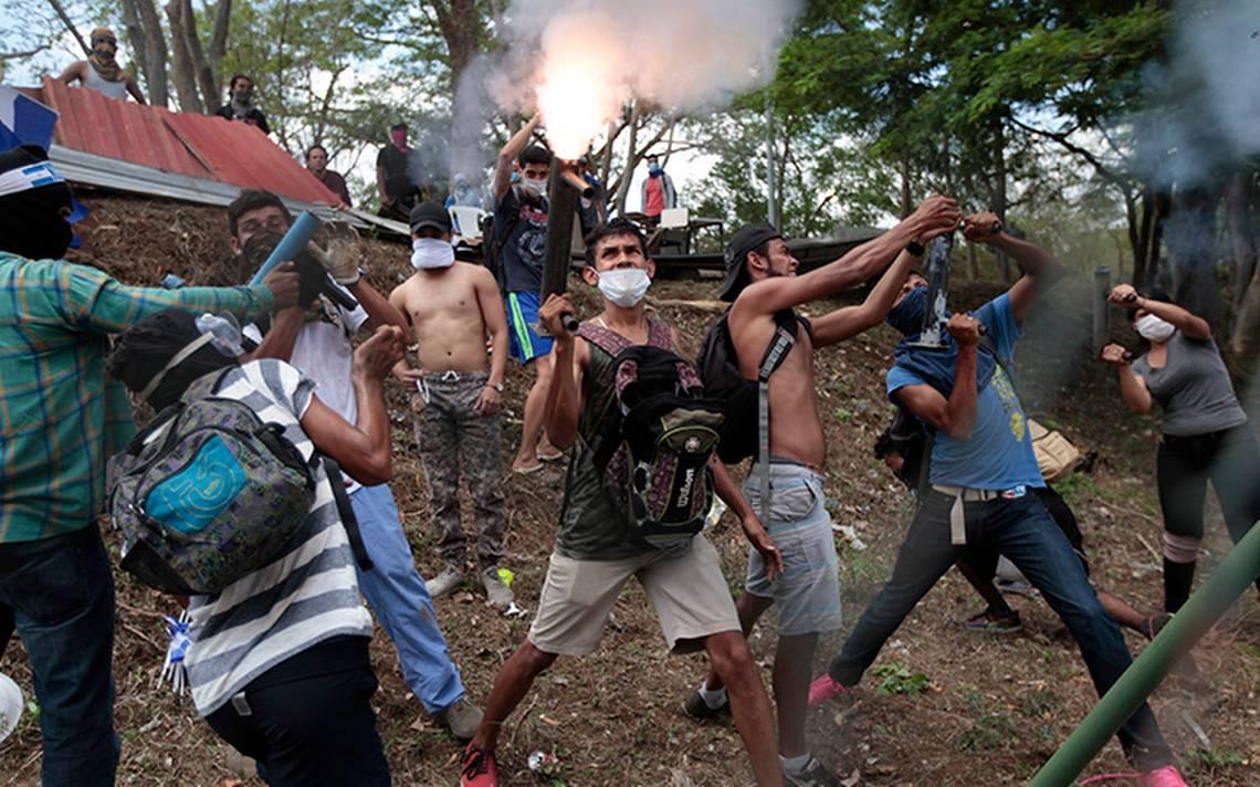 Bloqueos proliferan en Nicaragua tras nuevos ataques a manifestantes