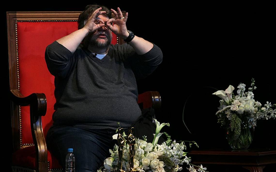 Guillermo del Toro anuncia beca internacional de cine para jóvenes mexicanos