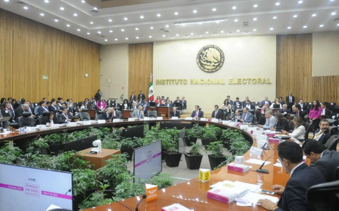 En su primer corte, INE reporta 20 mil casillas abiertas