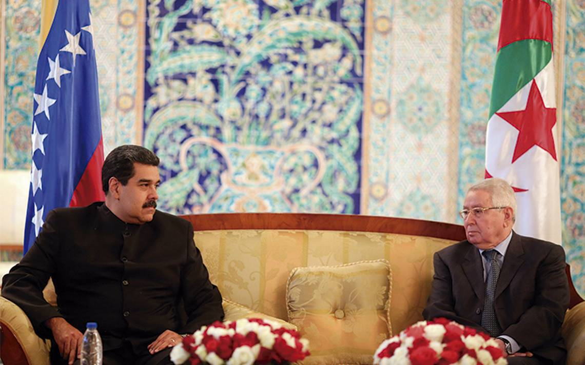 Maduro escala la cacería de chavistas por los Panama Paper