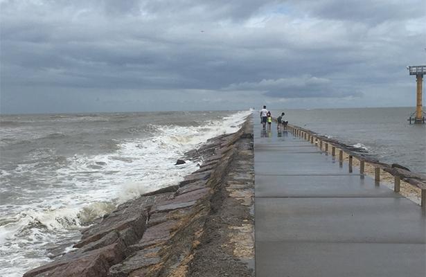 Meteorológico prevé actividad ciclónica por ambas costas de México