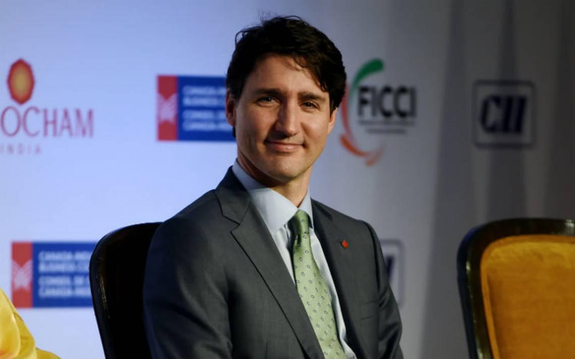 """Trudeau expresa a Trump su rechazo a """"inaceptables"""" aranceles"""