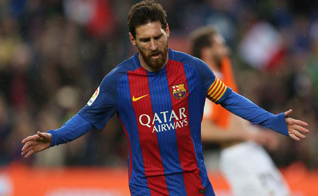 """""""Gracias Leo""""… Así celebran en el Camp Nou los goles 500 y 501 de Messi"""
