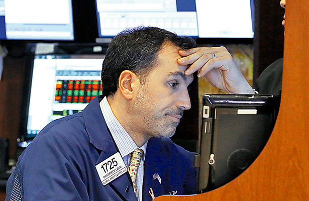 Nerviosismo por Estados Unidos presiona a los mercados internacionales