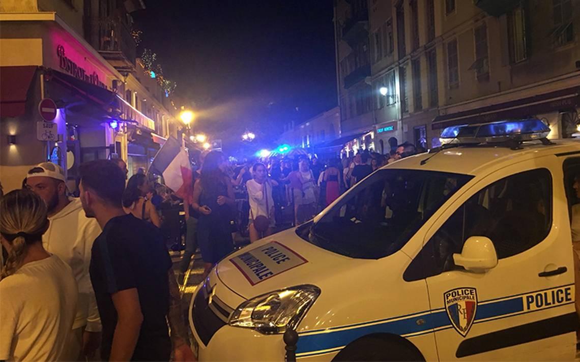 Reportan 27 heridos en Francia por estampida tras celebrar clasificación a la final del mundial