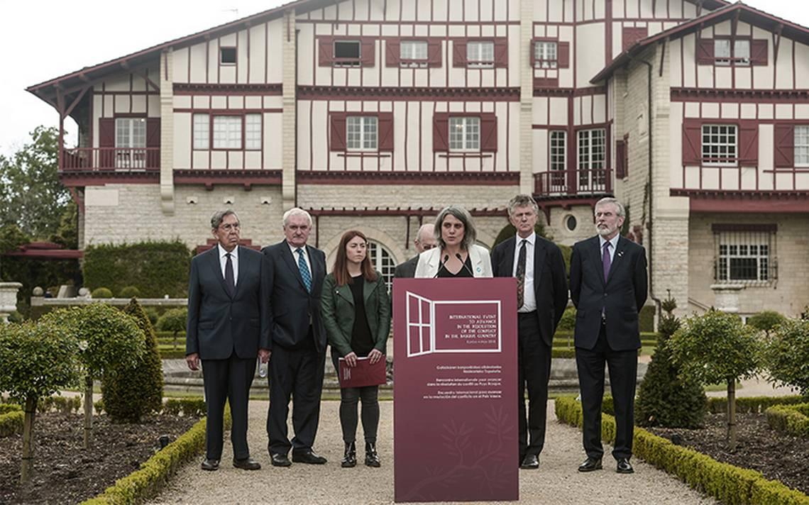 Conferencia internacional saluda final de ETA y pide reconciliaciA?n