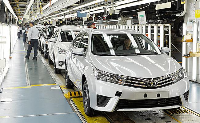 Industria automotriz registró niveles históricos de producción y ventas en 2016