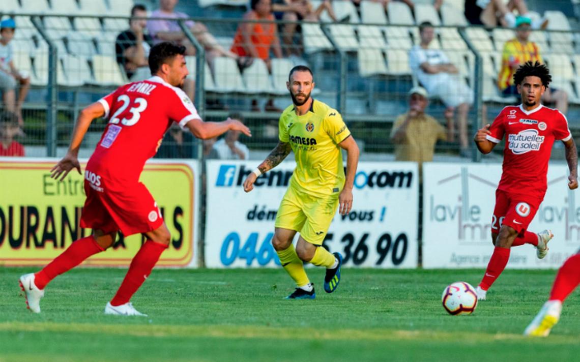 Miguel Layún debuta con Villarreal