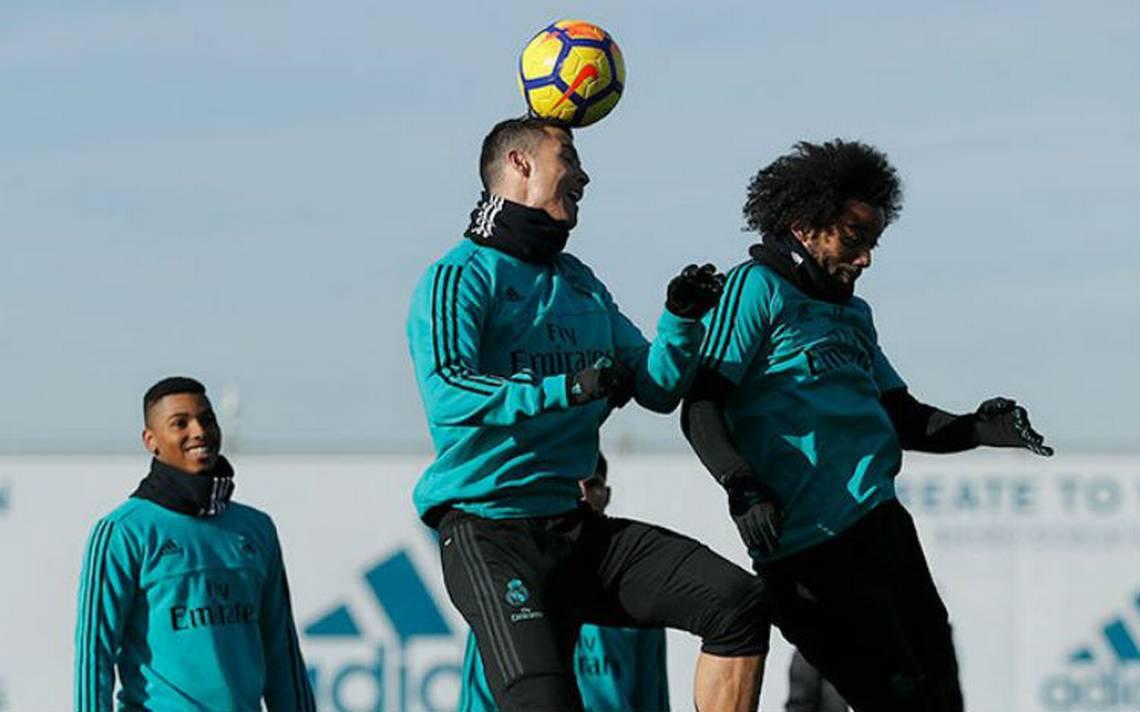 Ronaldo vuelve a los entrenamientos un día antes del clásico español