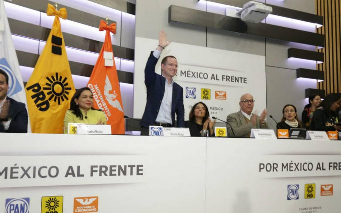 Anaya, Barrales y Delgado registran coalición Por México al Frente
