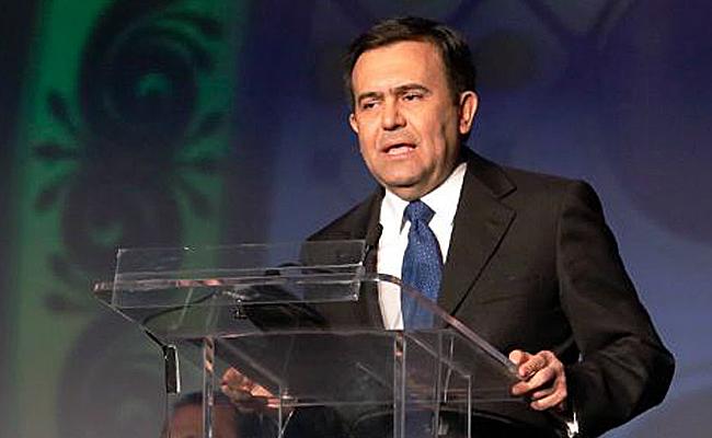 Ildefonso Guajardo destaca la importancia del TLCAN ante senadores de EU