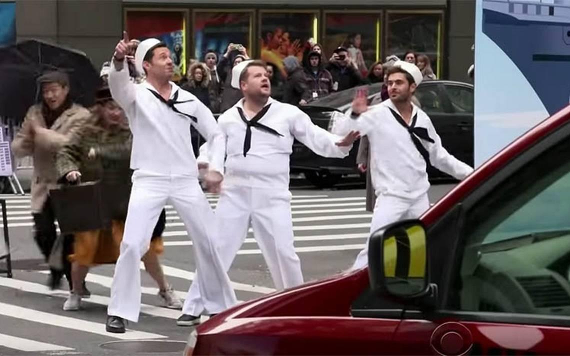 Hugh Jackman, Zac Efron y James Corden paran el tráfico en NY con su musical callejero