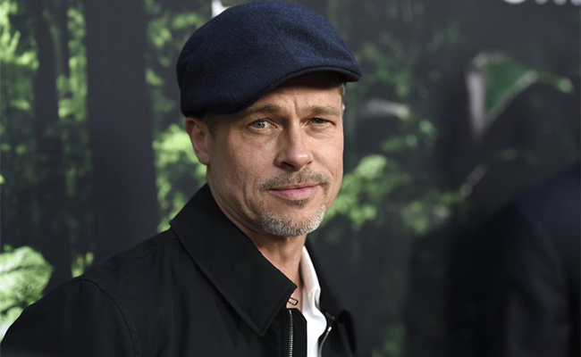 Desmejorado, así reapareció Brad Pitt en la alfombra roja