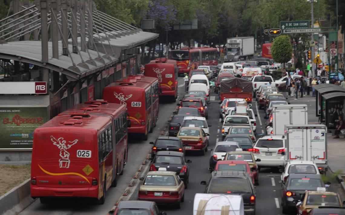 Mantenimiento en carriles de Insurgentes  ocasionará tráfico esta semana