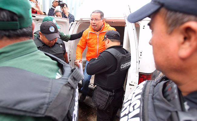 Vinculan a proceso a Flavino Ríos; seguirá en penal de Veracruz