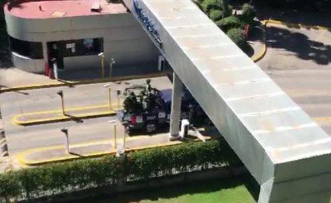 Militares y policías irrumpen en Tec de Monterrey