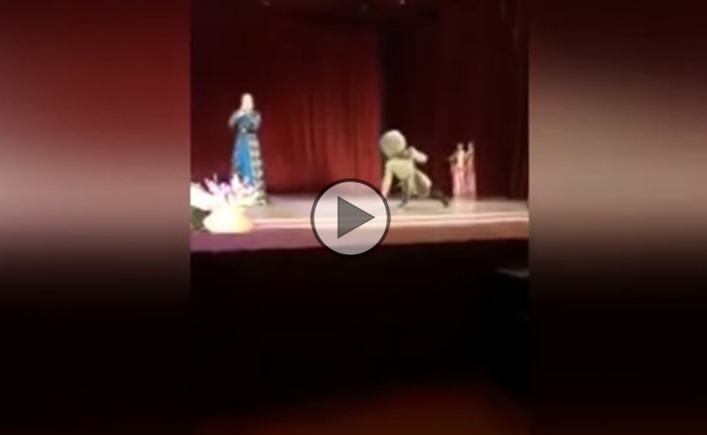 Bailarín ruso muere en pleno escenario en Chechenia