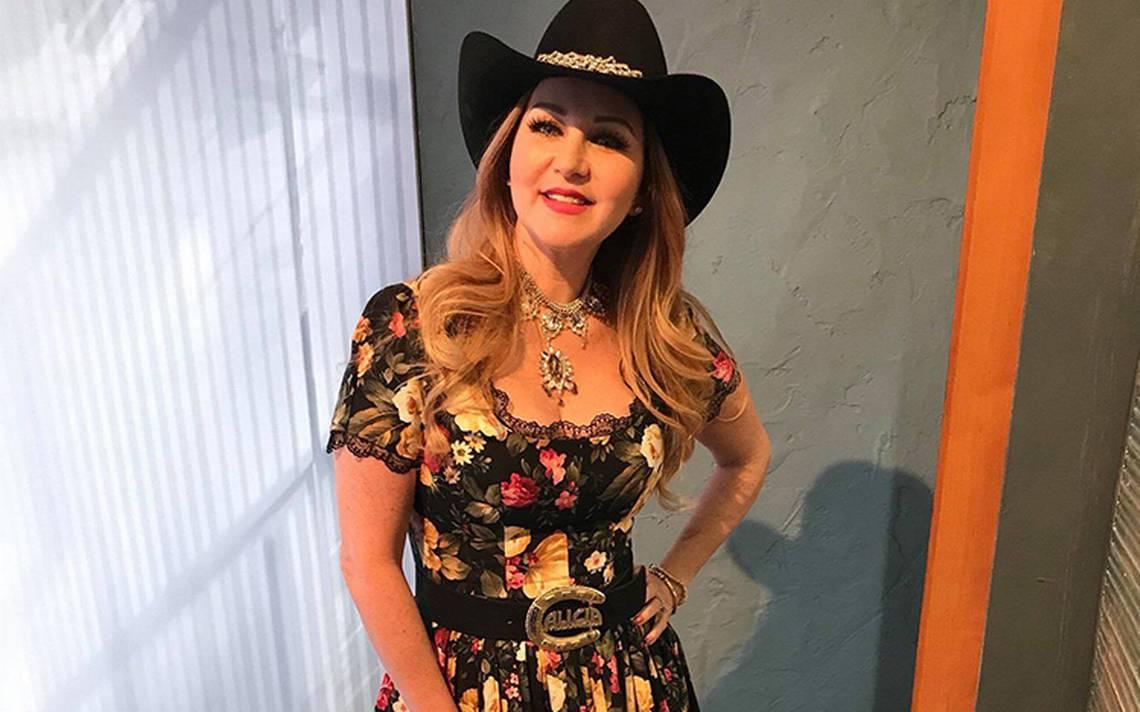 Tras siete años de ausencia, Alicia Villarreal regresa con nuevo disco