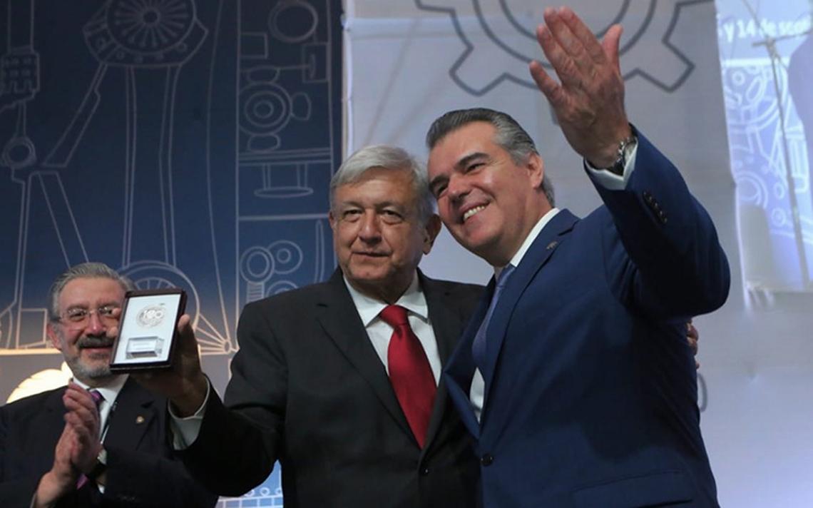 No vamos a cerrar la economía a comercio e inversiones: AMLO