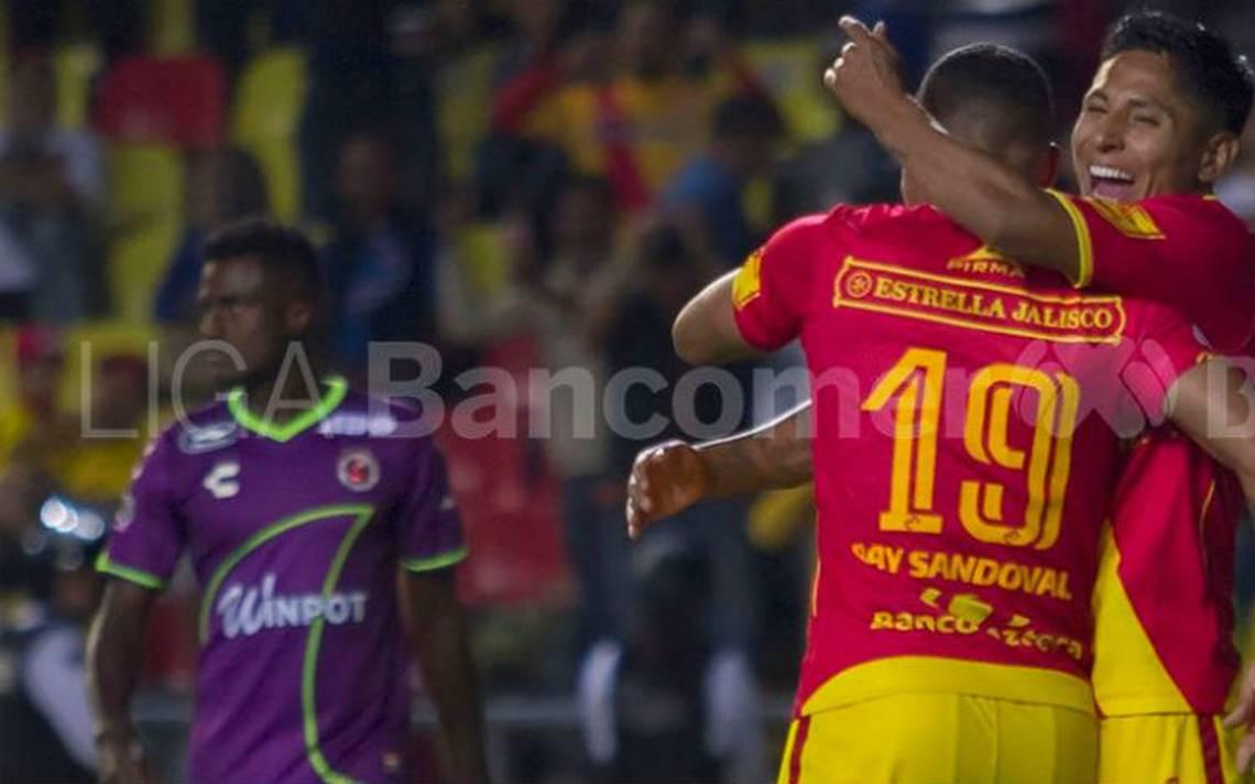 """Morelia derrota  a Veracruz que """"huele"""" a descenso"""