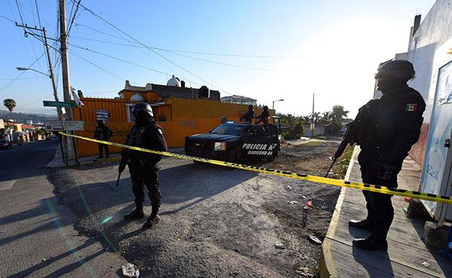 Lamenta líder del Senado postura de López Obrador de victimizar a narcos