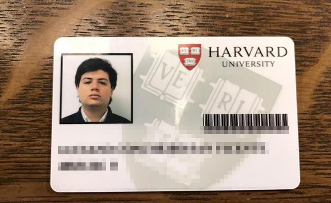 Tataranieto millenial de Marx estudia en la UNAM e irá a Harvard