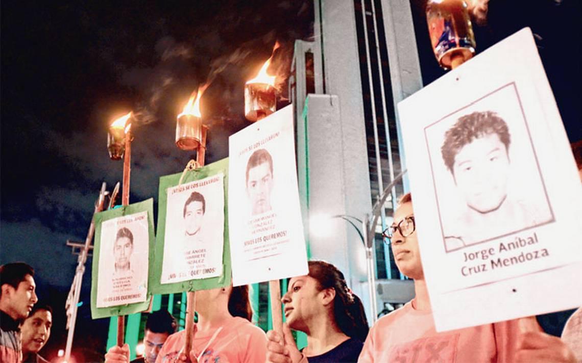 Siguen en espera 43 butacas en Ayotzinapa