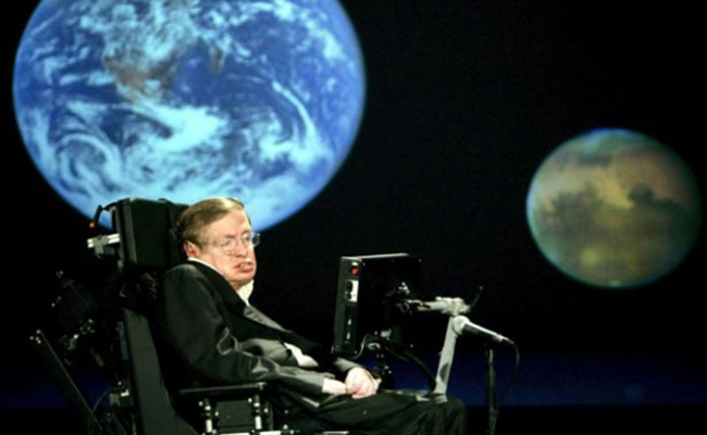 Stephen Hawking teme no ser bien acogido por Trump