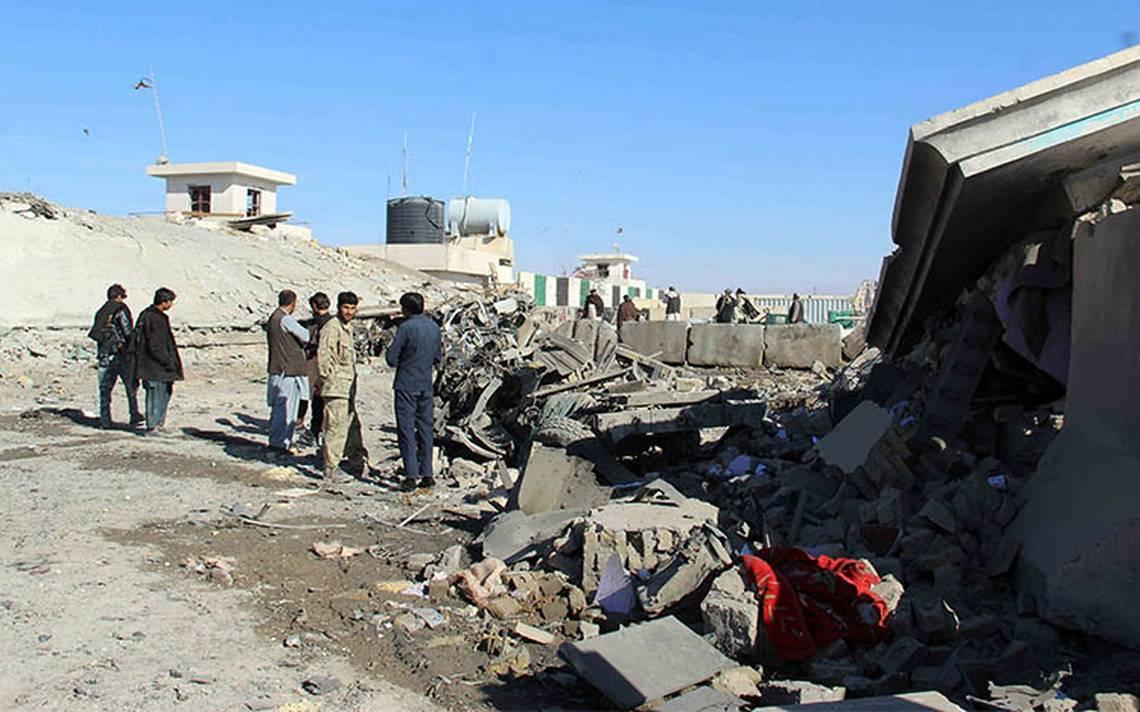 Fallecen ocho personas en atentado suicida en capital afgana