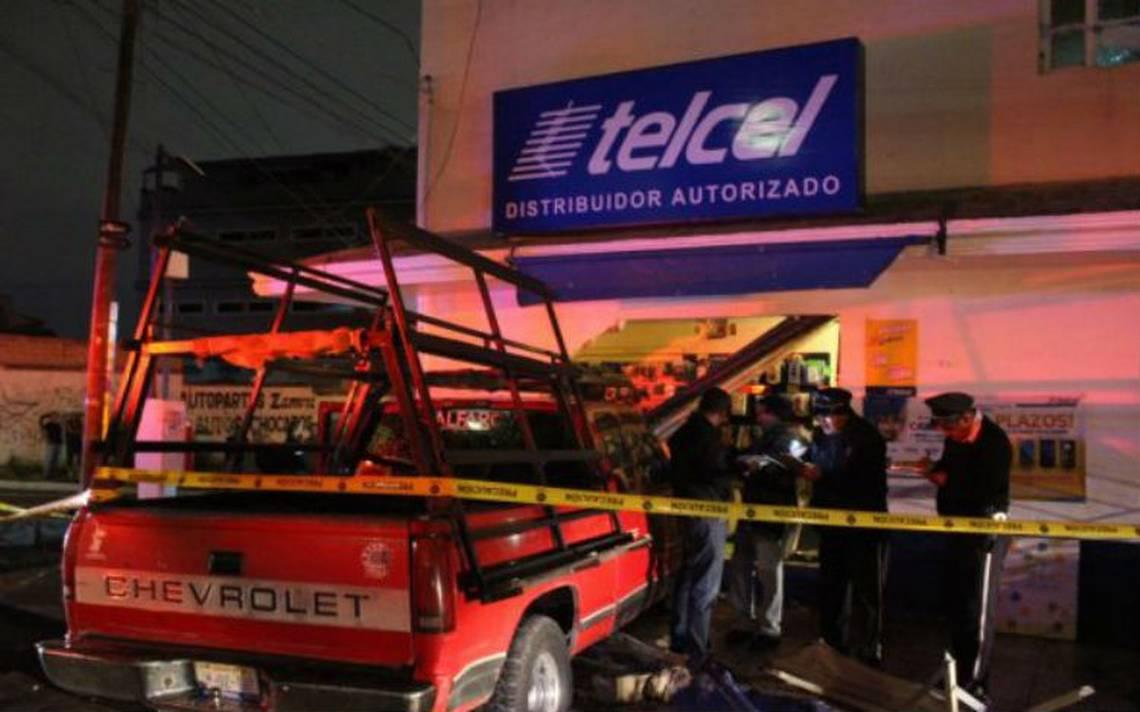 Camioneta atropella a varias personas en Zapopan; hay dos muertos