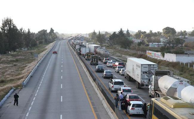 Restablecida circulación en la Puebla-Acatzingo